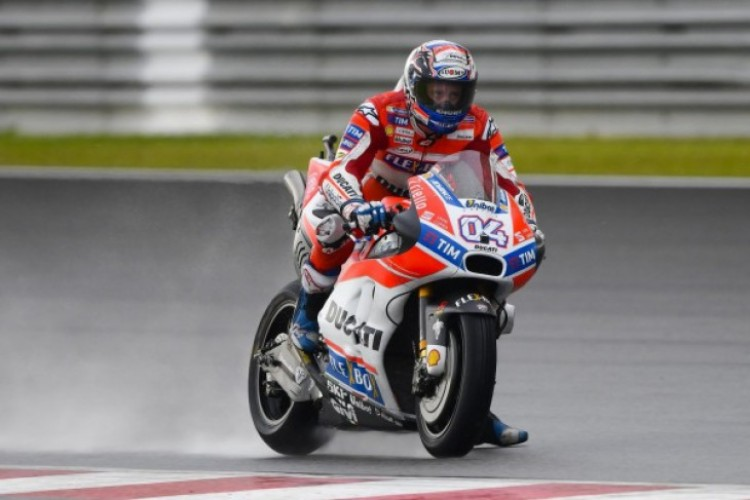 Lorenzo Jatuh, Dovizioso Juara MotoGP San Marino