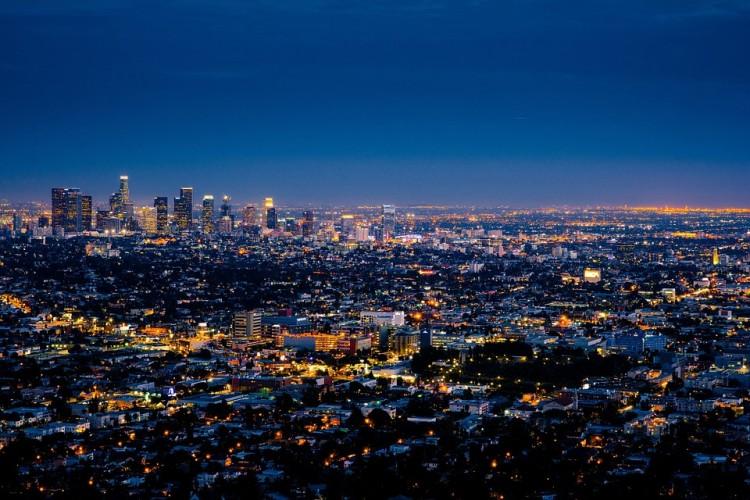 Los Angeles dan Burger, Pasangan yang Tak Terpisahkan