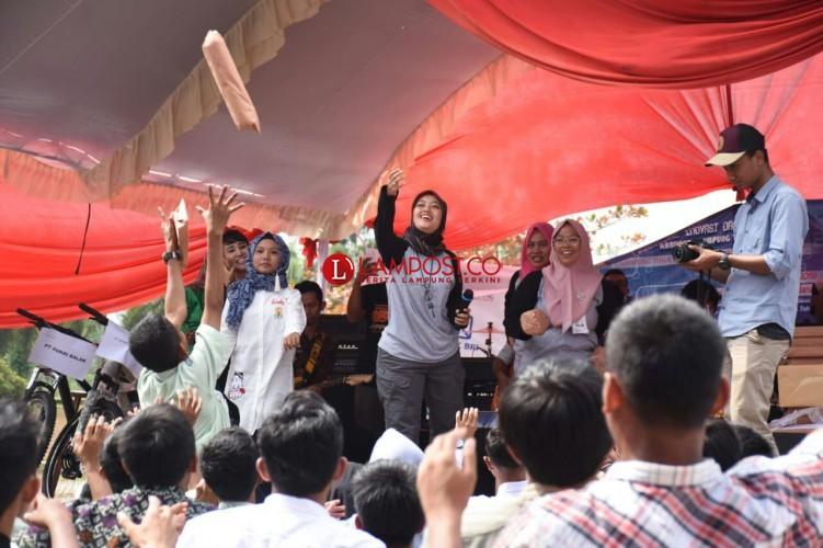 Mahasiswa dan Pelajar Berprestasi Raih Juara Pada Festival Inotek