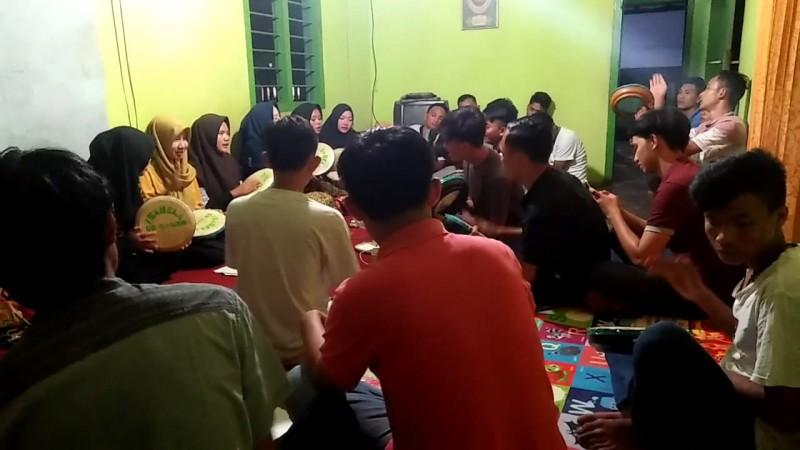 Mahasiswa IIB Darmajaya Bina Desa Melek Teknologi