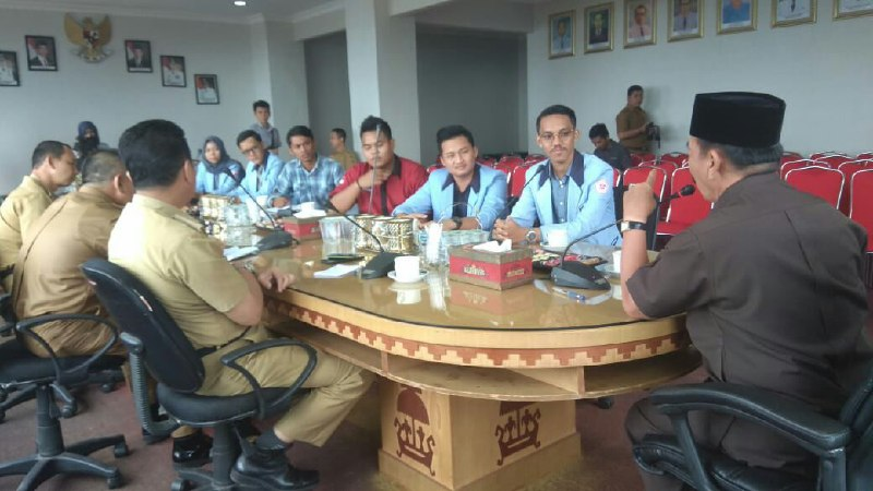 Mahasiswa UBL Audiensi dengan Wali Kota Bandar Lampung Herman HN