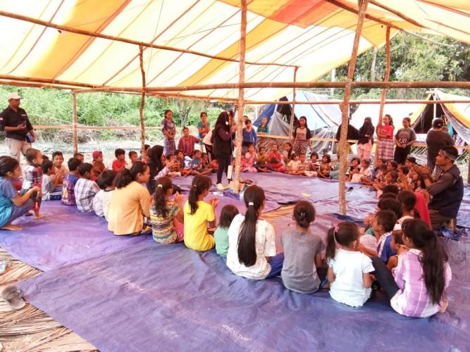 Mahasiswa UML Terjun ke Daerah Bencana hingga Pelosok Nusantara