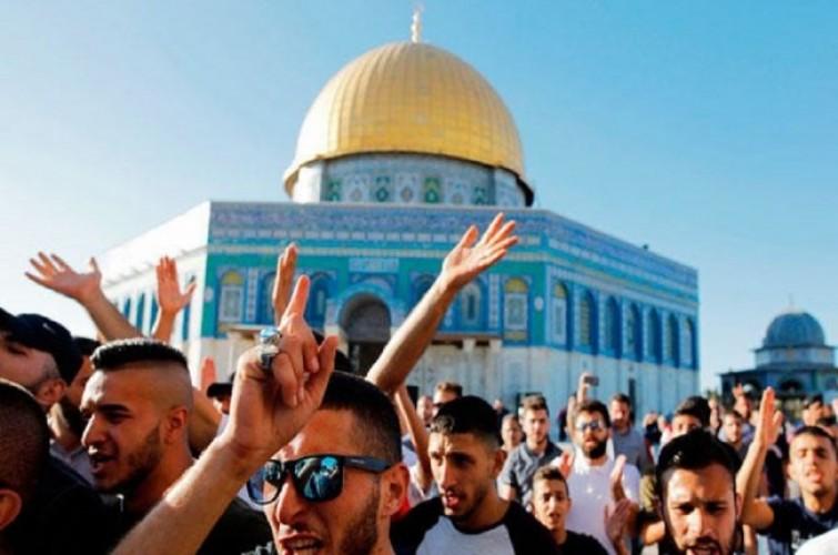 Masjid Al-Aqsa kembali Dibuka usai Bentrokan
