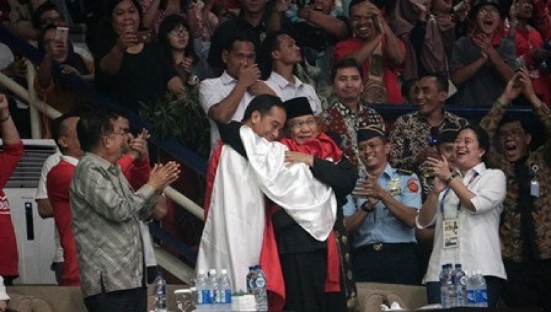 Masyarakat Diajak Meniru 'Kemesraan' Jokowi-Prabowo