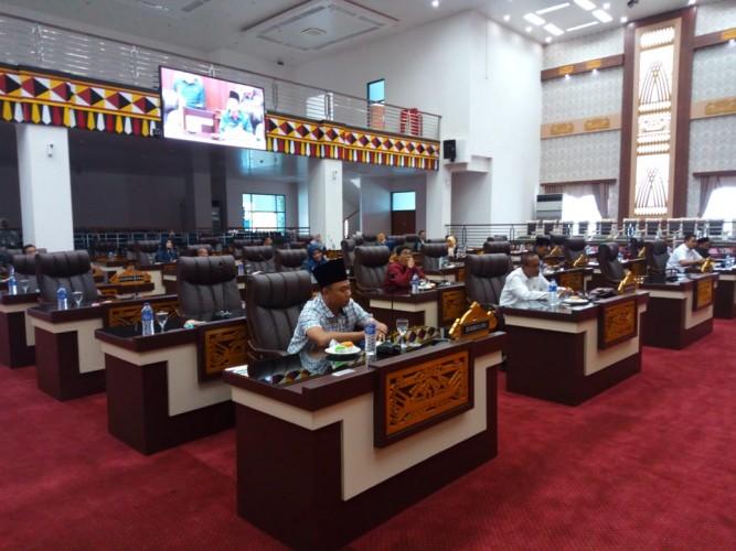 Nama-nama Ketua Fraksi di DPRD Pringsewu Disahkan