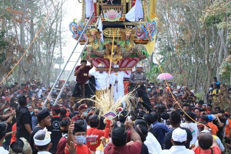 Ngaben Massal di Balinuraga, 164 Jenazah Dikremasi