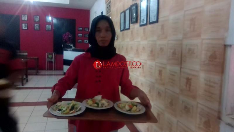 Nikmati Sajian Kuliner Khas Sunda di Restoran Ikan Bakar Pariaman