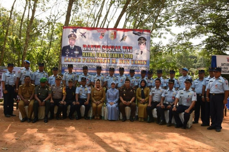 Pangkalan TNI AU Lanud Pangeran M Bun Yamin Gelar Bakti Sosial