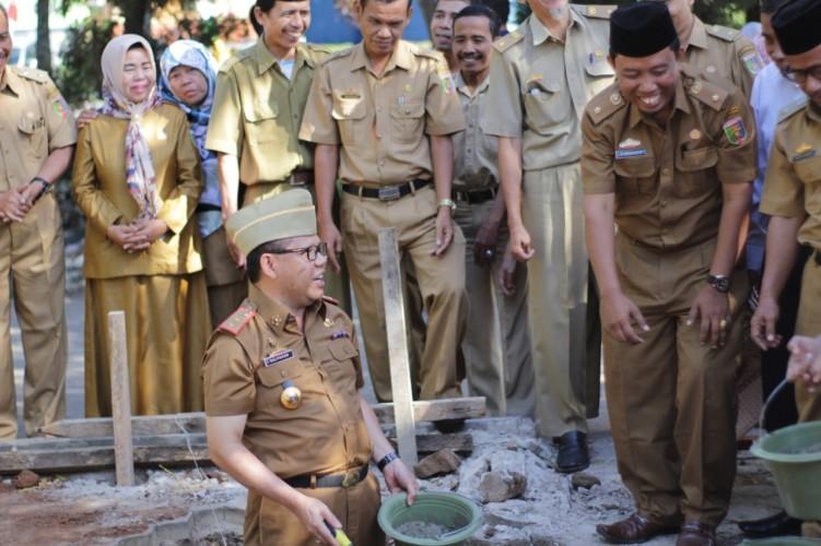 Panitia Pembangunan Masjid SMKN 2 Bandar Lampung Terima Uluran Dana Dermawan