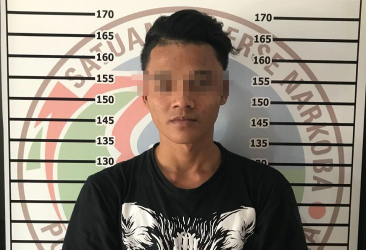 Pedagang Pakaian di Pasar Dekon Ditangkap Polisi Usai Beli Sabu