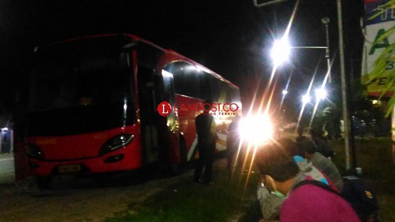 Pelanggan DAMRI Mengeluh Bus Sering Rusak