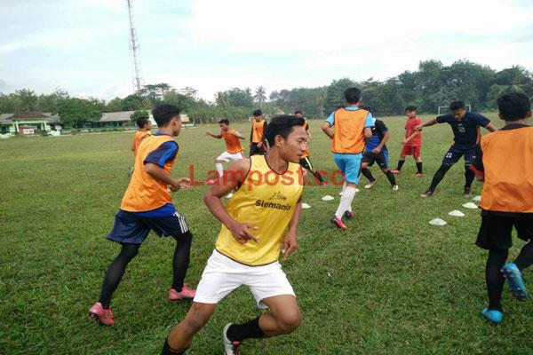 LAMPUNG POST | Serasi FC Siap All Out di Laga Perdana Kontra Mesuji FC