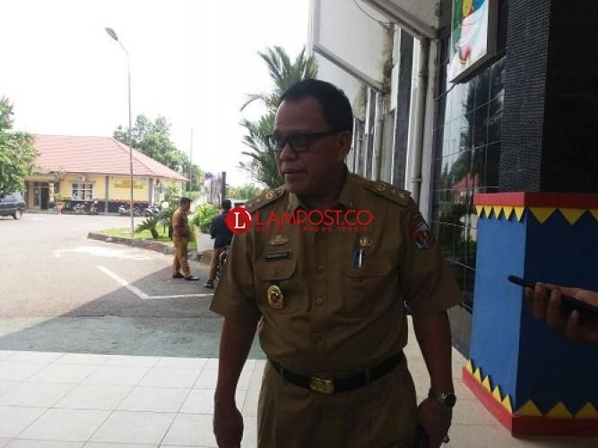 Pembayaran Gaji Personel Satpol PP Lampung Utara Kembali Dijanjikan Besok