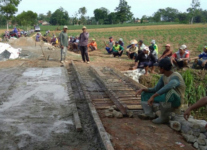 Pemkab Lampung Tengah Siapkan Dana Rp20 Juta per Desa untuk Stimulan Gotong Royong