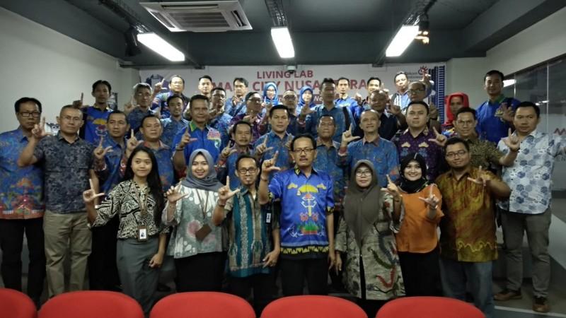 Pemkab Pesibar Kunjungi Living Smart City Nusantara