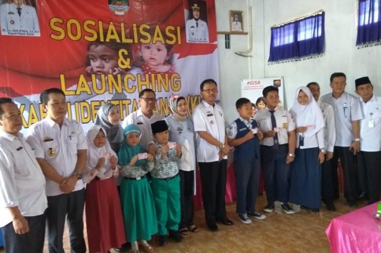 Pemkab Pesibar Launching KIA, Siapkan 6 Ribu Kartu