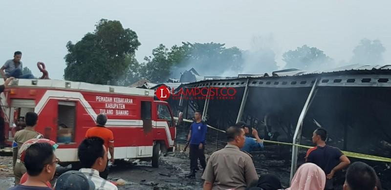 Pemkab Tuba Kirim 2 Damkar Bantu Kebakaran di Pulungkencana
