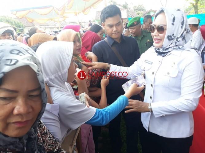 Pemkab Tulangbawang Beri Subsidi Harga Sembako di Pasar Murah