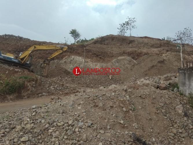 Pengrusakan Bukit Sindy Harus Diwaspadai Sebabkan Longsor