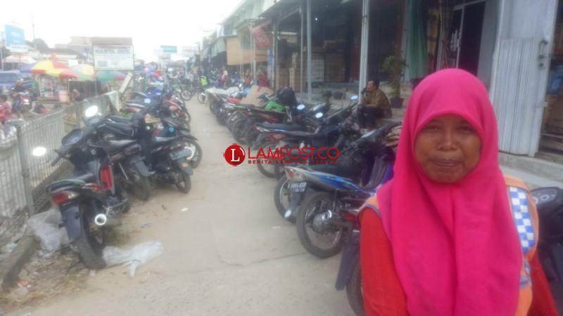 Pengunjung Pasar Simpang Pematang Melonjak 200 Persen