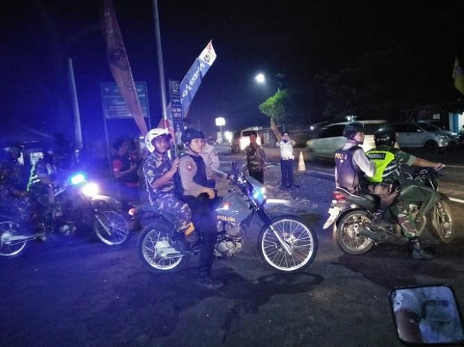 Polisi Beri Pengawalan Pemudik di Jalinsum Way Kanan