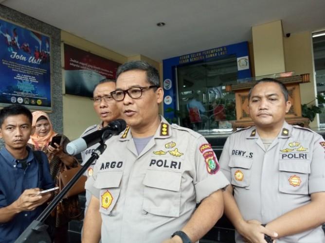 Polisi Periksa 11 Saksi Terkait Teror di Rumah Laode