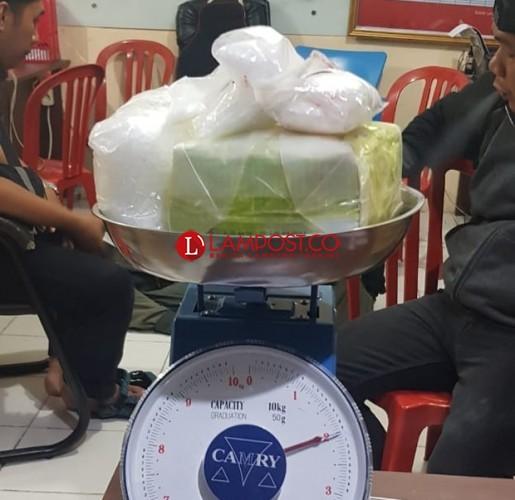 Polisi Tangkap Bandar 2 Kg Sabu di Indekos Sekitar RS Urip Sumoharjo