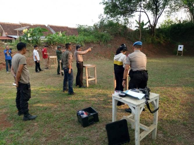 Polres Lampung Utara Bersama TNI dan Kejaksaan Gelar Latihan Menembak