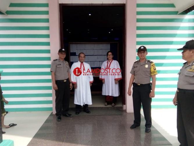 Polres Lampura Rutin Gelar Giat Pengamanan Gereja