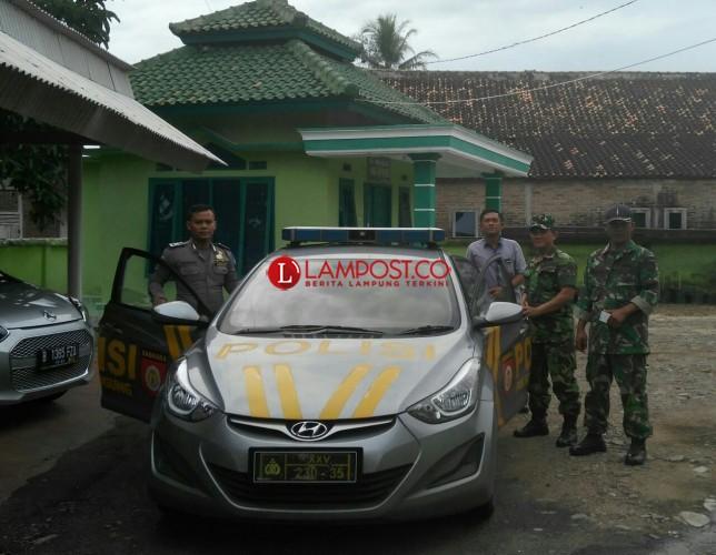 Polsek Pugung-TNI Patroli Bersama