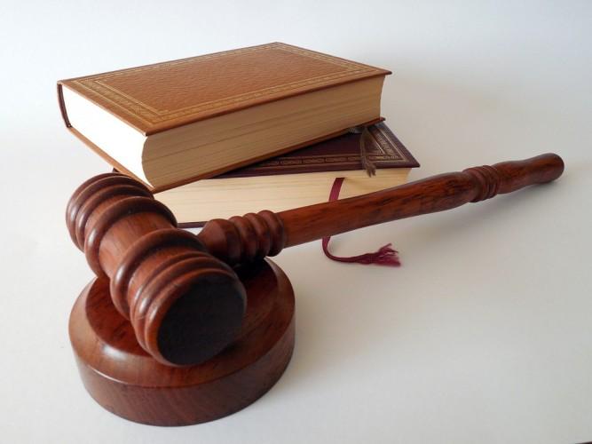 PPK Membuat Keputusan Tidak Adil Bisa Disanksi 3 Tahun Pidana