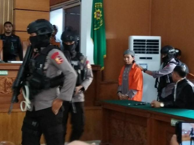 Ratusan Aparat TNI-Polri Jaga Sidang Aman Abdurahman