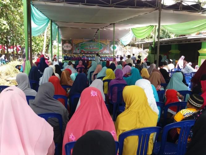 Ratusan Warga Kalirejo Saksikan Wisuda Puluhan Santri TPQ Al Hijroh