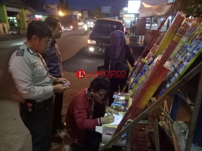 Ribuan Petasan Disita Polsek Pringsewu Kota