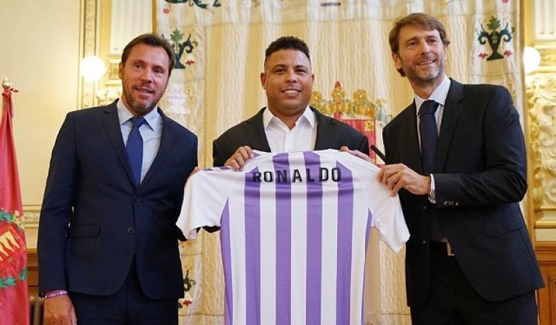 Ronaldo Beli 51 Persen Saham Real Valladolid