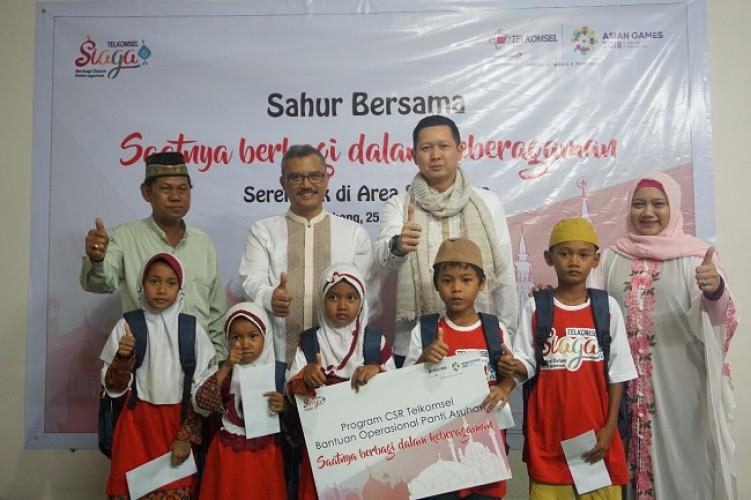 Sahur Bareng Telkomsel Serempak di 12 Kota