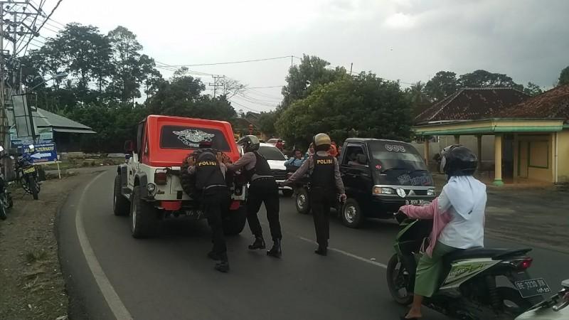 Satgas Turbinjali Jaga Keamanan Para Pemudik di Wilayah Pesawaran