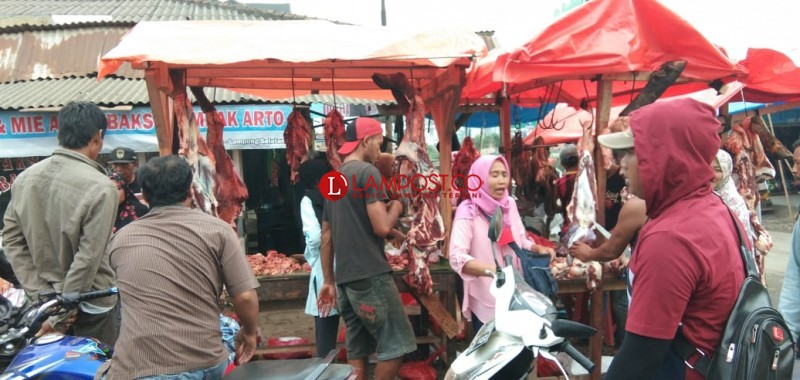 Sehari Sebelum Lebaran, Harga Daging Sapi Capai Rp140 Ribu