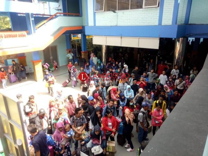 Sejak Pagi, 144.545 Pemudik Arus Balik Menyeberang ke Pulau Jawa