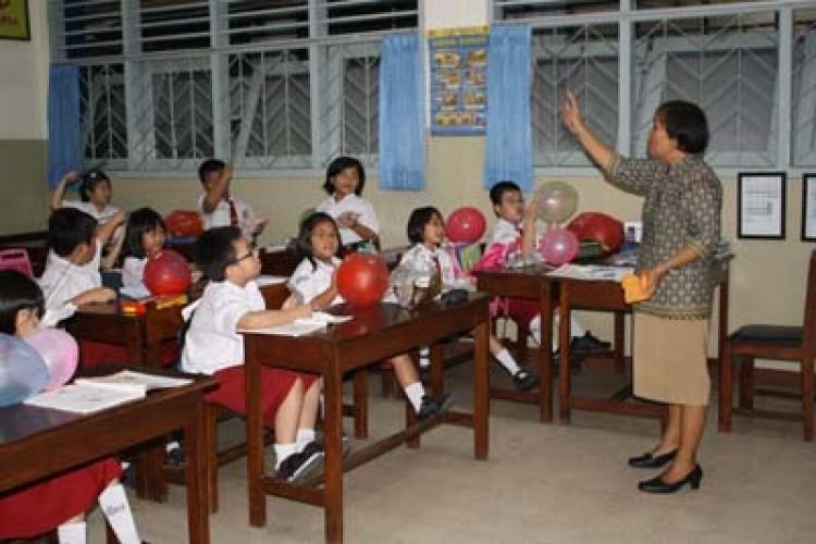 Sekolah Mulai Laksanakan 37,5 Jam Mengajar