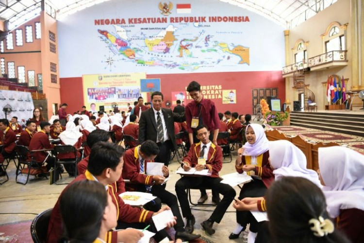 Teknokrat Tumbuhkan Jiwa KepemimpinanIdeal untuk Indonesia Emas