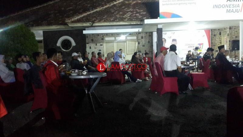 TKD Jokowi - Ma'ruf Lampung Meriahkan Nobar Debat