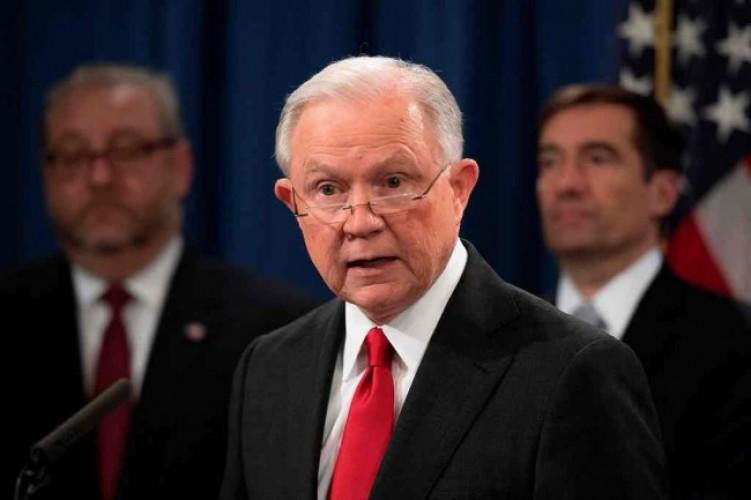 Trump Pecat Jaksa Agung AS
