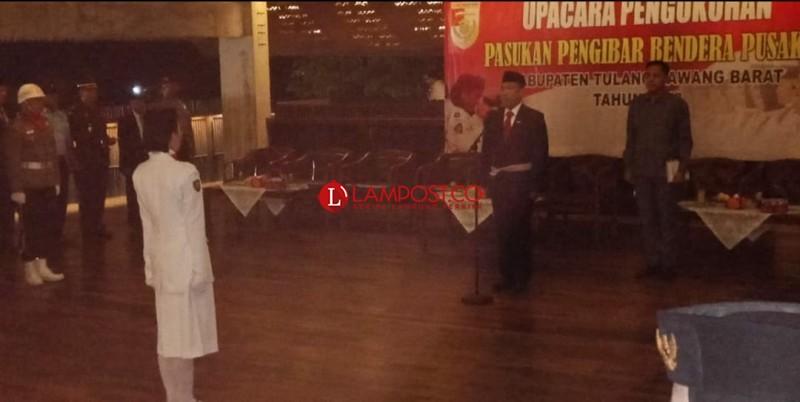 Umar Ahmad Kukuhkan30 Anggota Paskibraka Upacara HUT ke-73 RI