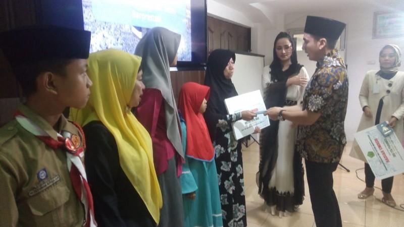 Universitas Malahayati Umrahkan 2 Ibu dari Anak Yatim