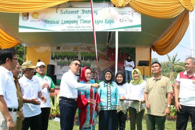 Wabup Lamtim Buka Festival Agro Expo di Kecamatan Pekalongan