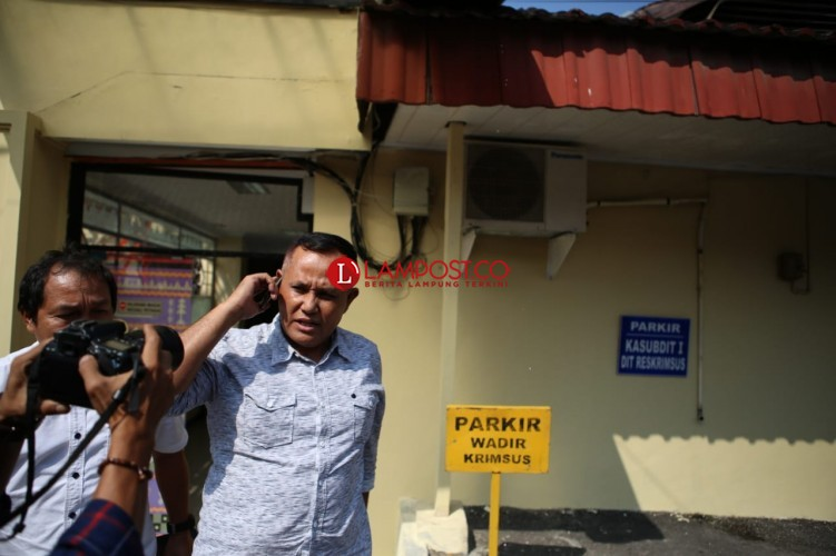 Wabup Nanang Irit Bicara usai Diperiksa KPK