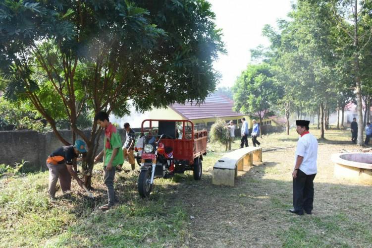 Wali Kota Herman HN Rencanakan Perbaikan Lapangan Kalpataru Kemiling