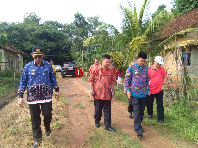 Wali Kota Merto Tinjau Jalan yang Bakal Dibangun