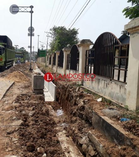 Warga Apresiasi Perbaikan Siring di Pasar Tejo Agung Metro